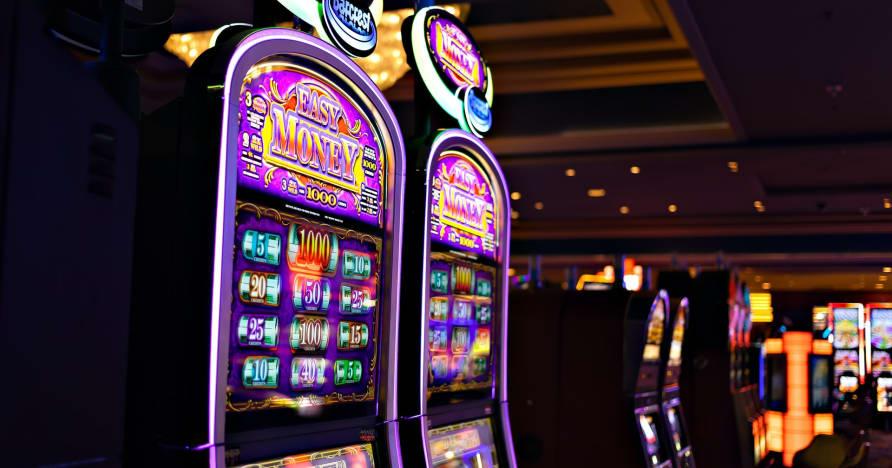 Play'n Go Money Spinning New Slots Hakkında Bilmeniz Gerekenler - Rabbit Hole Riches